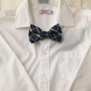IZOD White Boys Button down dress shirt w/bow tie